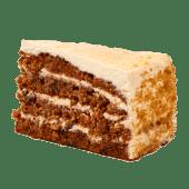 Tort cu morcovi cu cremă de brânză