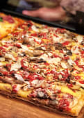 Pizza Funghi Pecorino