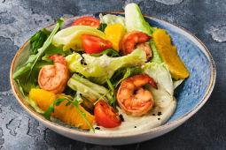 Салат з креветкою, апельсином та мусом з авокадо (240г)
