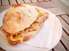Bifana no pão