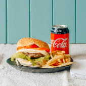Hambúrguer c/ Bacon, Batata Frita e Refrigerante