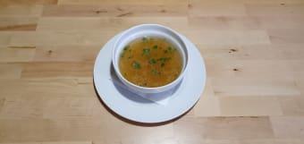 Goveđa juha s domaćim rezancima