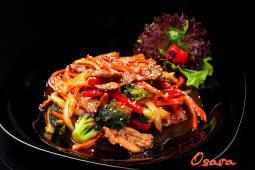 Телятина з овочами в соусі теріякі (300г)