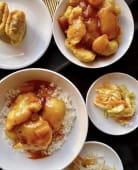 Pohana piletina u slatko-kiselom umaku s rižom