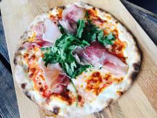 Pizza Parma i Rukola