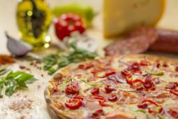 Pizza Taraneasca Ø 23cm
