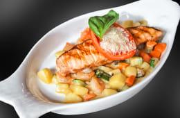 Філе лосося з крабовим соусом (280г)