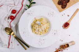 Pasta with Blue Cheese and Pear