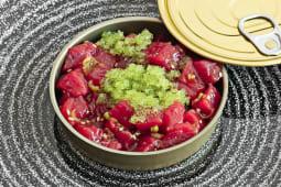 Tartar de atún rojo con huevas de wasabi