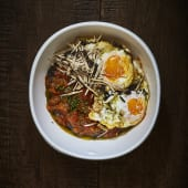 Pisto con Huevos Fritos y Trufa de Verano