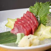 Sashimi de atún (6 uds.)