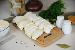 Вареники заморожені з картоплею та грибами