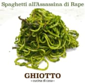 Spaghetti all'assassina con cime di rapa