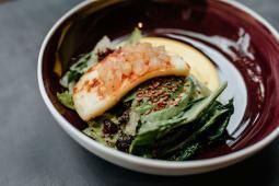 Салат з халумі і авокадо  (270г)
