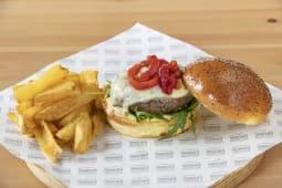 Lionel Burger + Patatas + Bebida