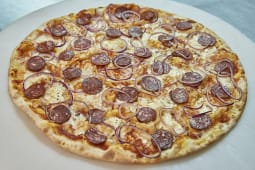 Pizza Pepperoni (Média)