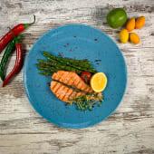 Стейк лосося із запеченим аспарагусом (300г)