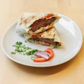 Kebab sendvič