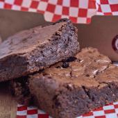 Brownie Doble Chocolate en Porción Individual