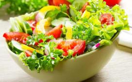 Salata asortata de vara