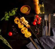 Картопля на рожні з салом (200г)