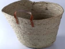 Kikapu - palm fibre shopping basket