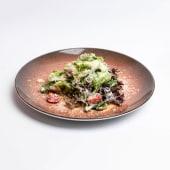 Теплий салат з телятини гриль (230г)