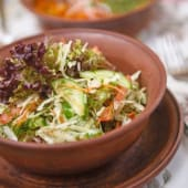 Салат з капусти з помідором, огірком і зеленню (250г)