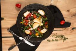 Салат с жареным сыром и лечо (350 гр.)