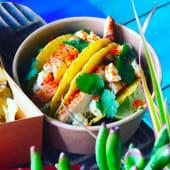 Tacos de frango e guacamole