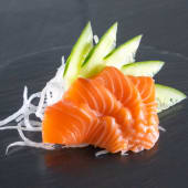 Sashimi de salmón (4 uds.)