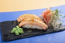 Nigiri z łososiem opalonym 2szt. 65g