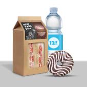 Lunch box: tramezzini, acqua e donut