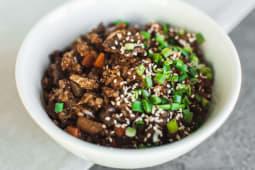 Смажений рис з яловичиною (270г)