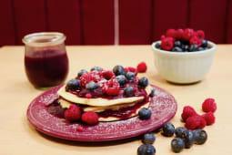 Panquecas com Coulis e Frutos Vermelhos