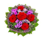 Estructura con cinco rosas