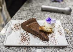 Tarta Rota De Chocolate Atemperada