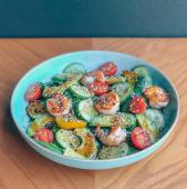 Хрумкий шпинат з креветками та м'яким авокадо (250г)