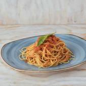 Spaguetti al pomodoro e oro