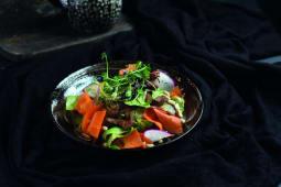 Азіатський салат з яловичиною (190г)
