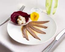 Acciughe spagnole con burro e crostini