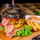 Meniu Triplu cheeseburger
