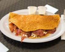 Cachapa de queso y bacon