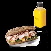 Menú panino de pavo (caliente) + zumo (500 ml.)