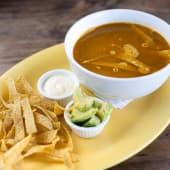 Sopa azteca con chips
