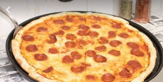 Pizza pepperoni XXL