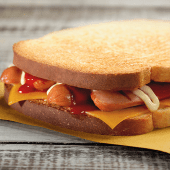 Hot toast con wurstel di pollo