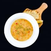 Supa de linte cu morcov, rosii proaspete si ardei dulce
