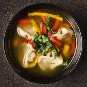 Суп з міні хінкалі (300г)