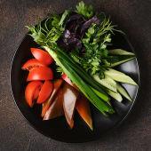 Соковиті овочі та зелень (350г)